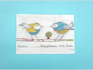 «La force de l'oiseau est dans ses ailes, la force de l'homme est dans ses amis».  Sergey BASKAKOV, 10 ans, Centre Culturel Ukrainien en Scandinavie, Växjö, Suède Commentaire de l'artiste:  J'aime beaucoup les oiseaux, leur chant, leur vol dans le ciel, leurs ailes fortes. Tout d'abord j'ai dessiné un seul oiseau qui chantait une chanson sur l'amitié et la liberté. J'ai vite senti que tout seul mon oiseau était triste. Il avait besoin d'un ami pour que la chanson soit plus joyeuse. Les couleurs des oiseaux sont celles de la mer et du soleil, ils symbolisent des frontières effacées.