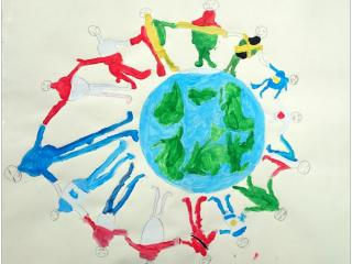 «L'amitié est le fil d'or qui unit les coeurs de tous les habitants de la planète »   Jonathan BOTBOL, 8 ans, atelier organisé par Florek&Entertainment, Pologne